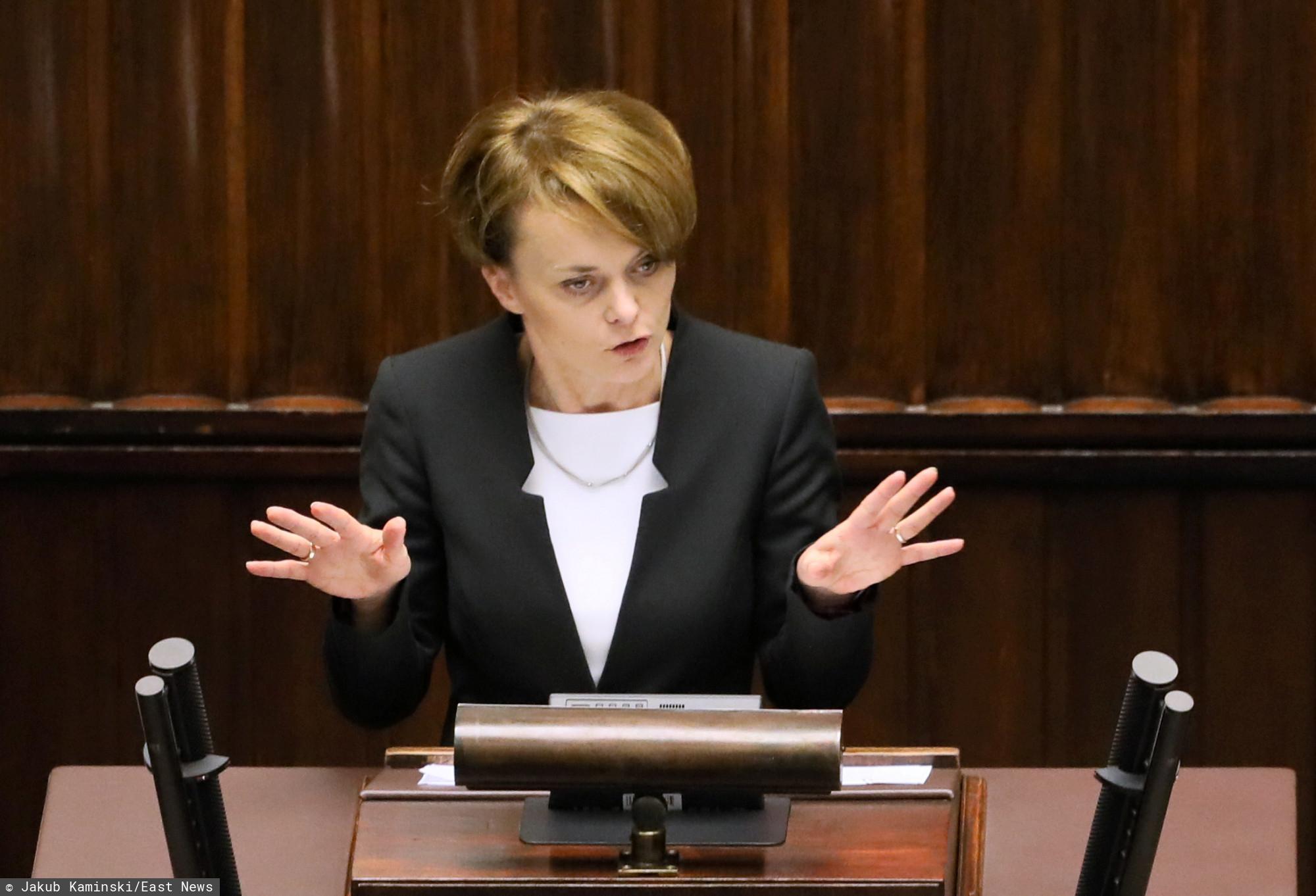 Emilewicz oficjalnie ogłosiła. Wiadomo już, co z zakazem handlu w niedziele