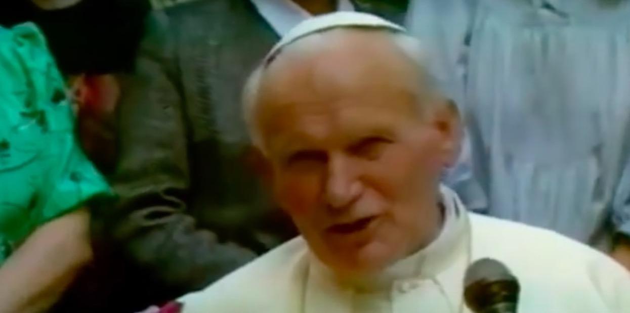 Niezwykły hołd dla Jana Pawła II. Watykan zaskoczył wiernych, każdy może zdobyć niezwykłą pamiątkę