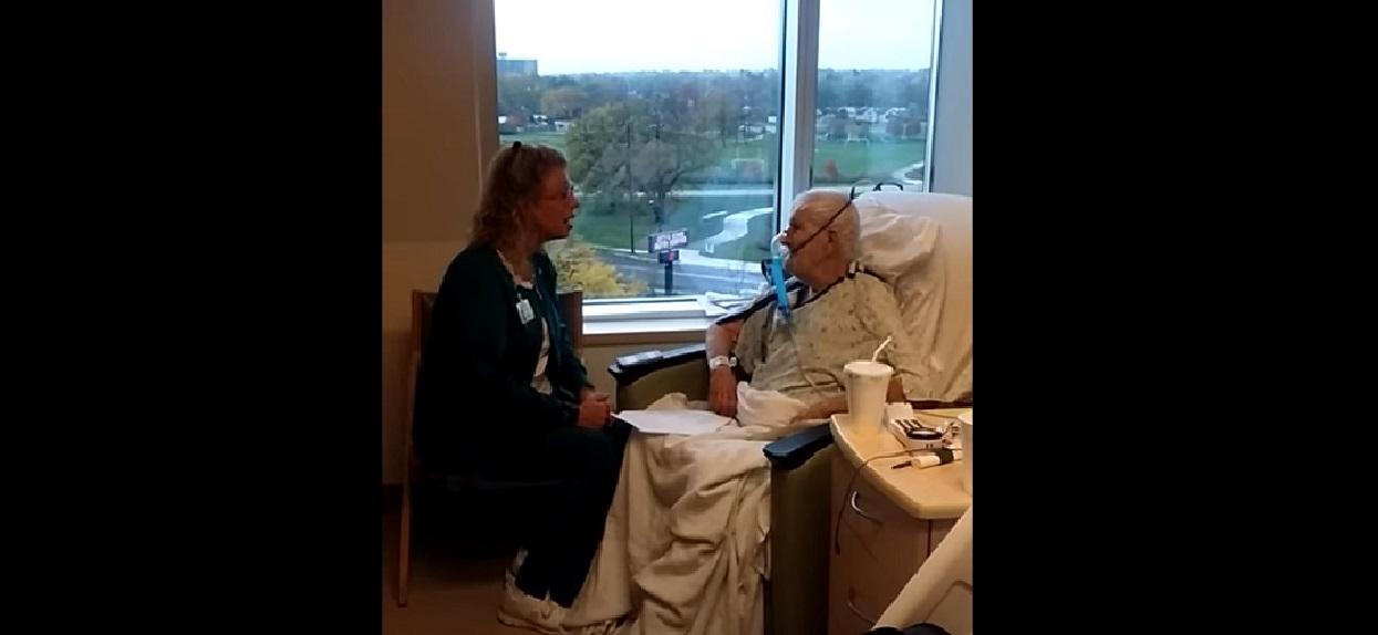 Kobieta zobaczyła, co opiekunka robi z jej umierającym ojcem. Od razu chwyciła za telefon, wszystko się nagrało