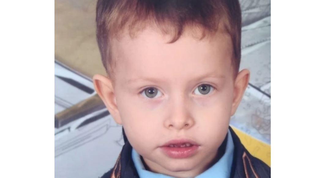 4-letni Marek wyszedł przez bramę i ślad po nim zaginął. Rozpoczęły się poszukiwania, rodzina błaga o pomoc