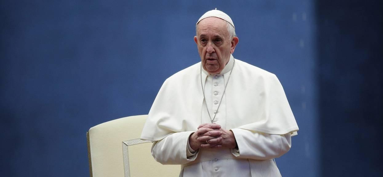 Watykan potwierdził przykre doniesienia. Chodzi o papieża Franciszka