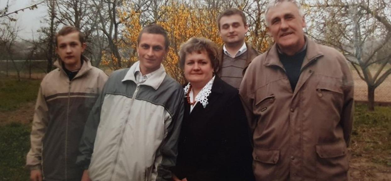 Polsat przekazał druzgoczący apel polskiej rodziny, każda pomoc jest na wagę złota. W szpitalu mogli podmienić ich dzieci