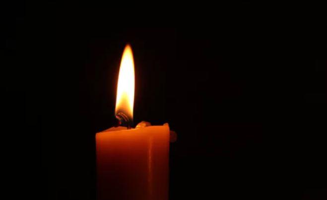 Młodziutką gwiazdę TVP dotknęła największa tragedia. Właśnie pochowała sławnego tatę