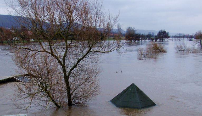 Niestety, do Wisły zbliża się fala kulminacyjna. Wydano pilne alarmy powodziowe dla 10 powiatów i 3 gmin