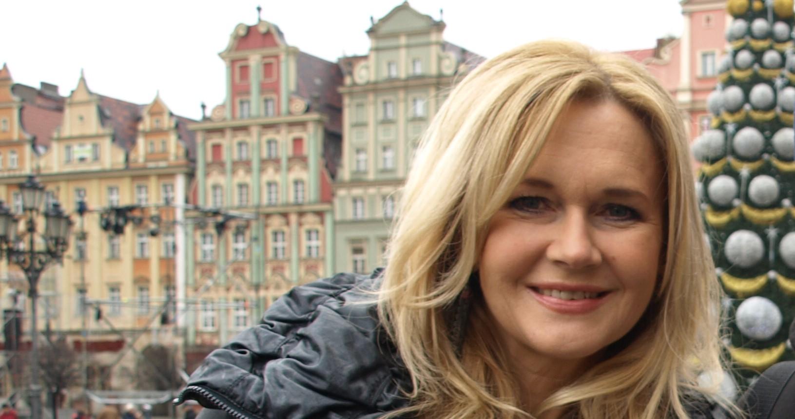Zapierające dech zdjęcie młodziutkiej Grażyny Torbickiej. Najpiękniejsza kobieta w polskiej telewizji
