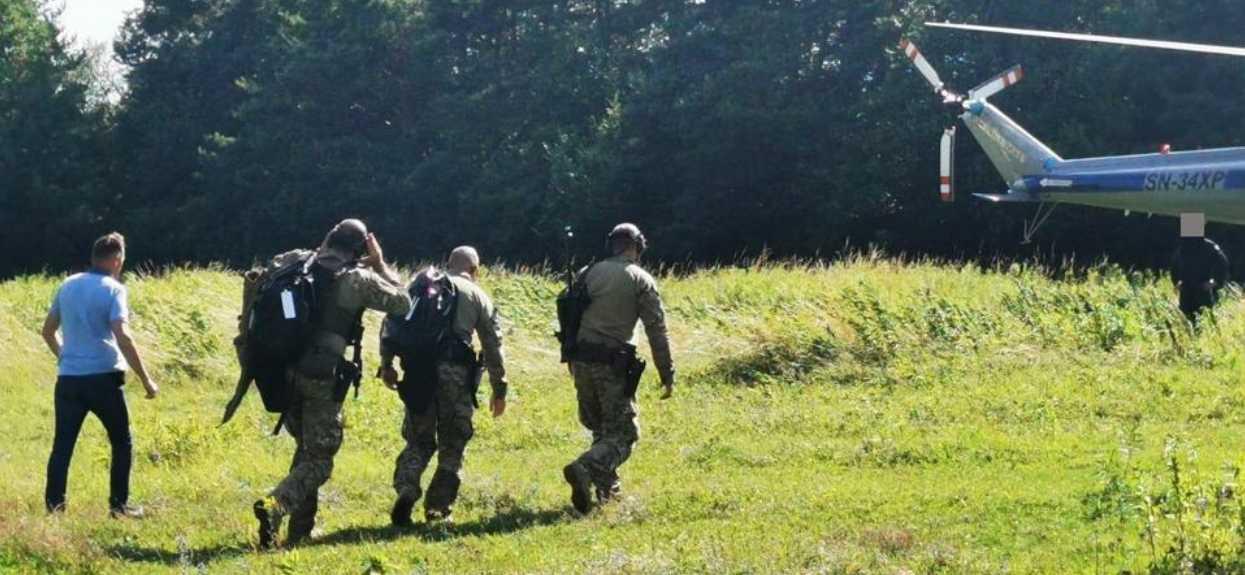 Akcja antyterrorystów na południu Polski, trwa obława. Duże niebezpieczeństwo dla mieszkańców, trzeba uważać