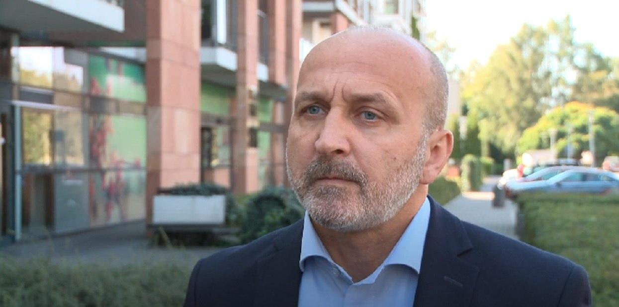Kazimierz Marcinkiewicz szuka pracy. Treść ogłoszenia zwala z nóg