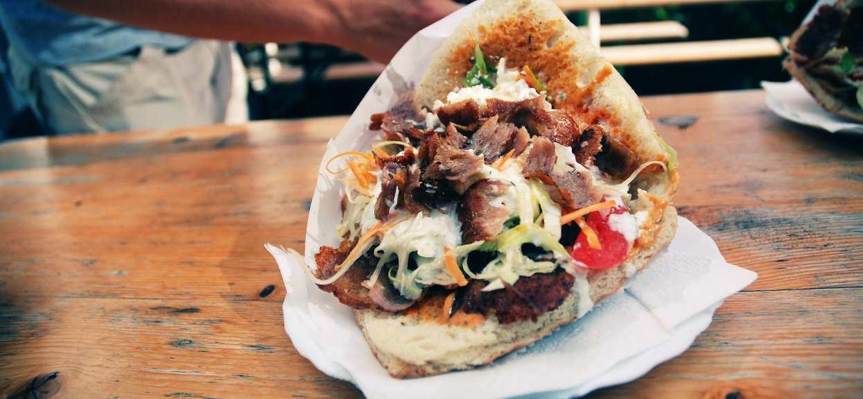 Pokazali paragon z wakacji. Cena za kebaba zwala z nóg, drożej niż nad polskim morzem