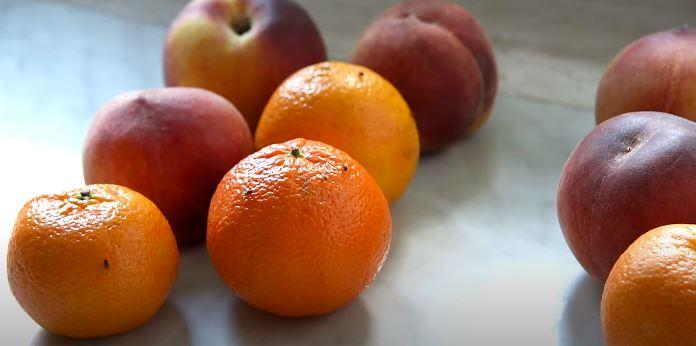 Fenomenalny trik na muszki owocówki. Znikają w oka mgnieniu, wystarczy jeden przedmiot