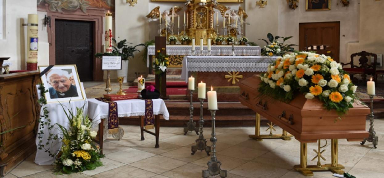 Dziś odbył się pogrzeb brata papieża Benedykta XVI
