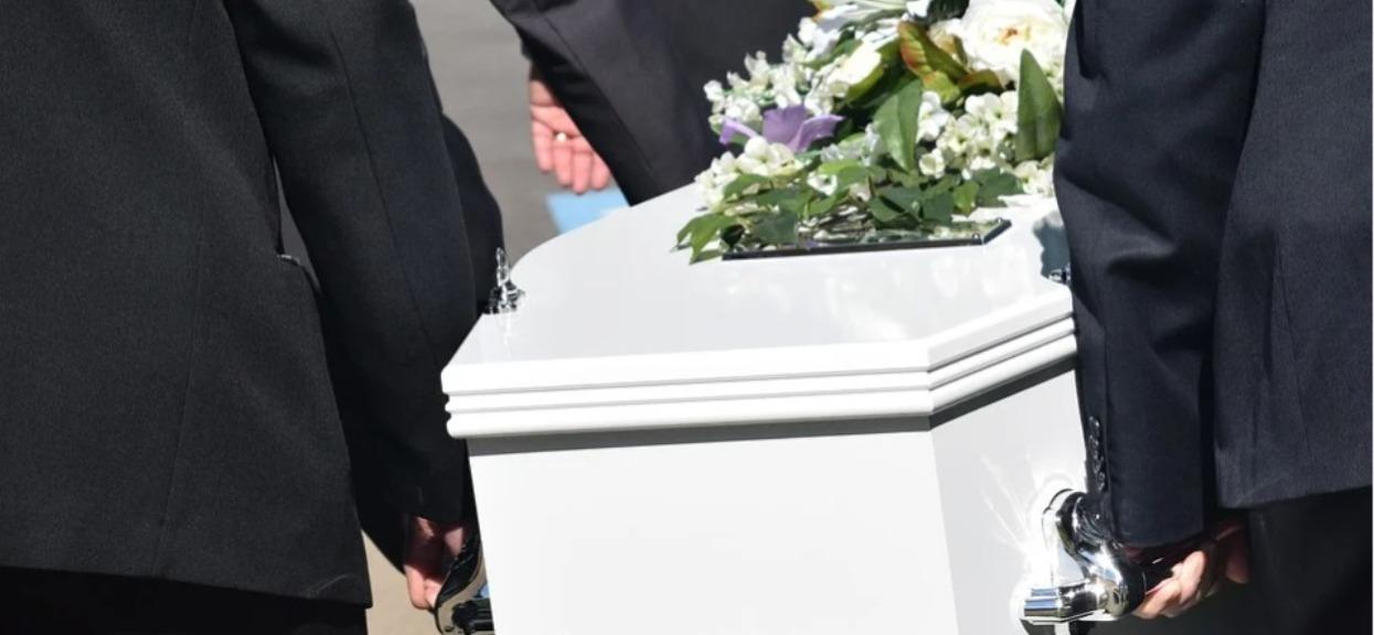 Pogrzeb osób z koronawirusem