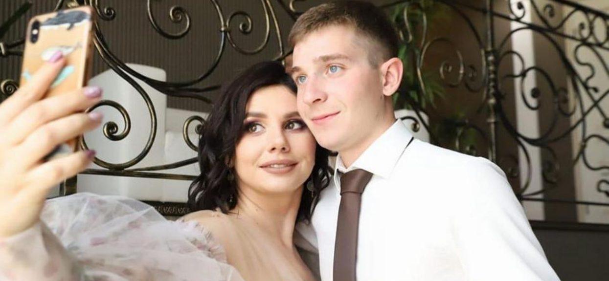 Celebrytka poślubiła własnego syna. Wcześniej rozwiodła się z ojcem