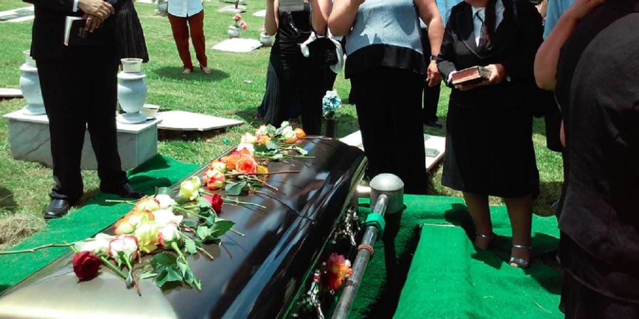 Wystarczył jeden pogrzeb. Sanepid podał bardzo niepojącą wiadomość