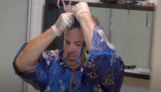 50-latek codziennie smaruje głowę majonezem. Absurdalność powodu przechodzi jakiekolwiek pojęcie