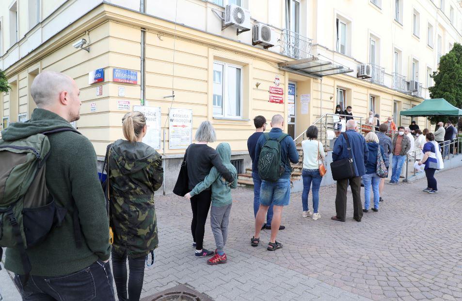 Niespodziewane rozstrzygnięcie w Warszawie. Ujawniono prawdę o głosowaniu