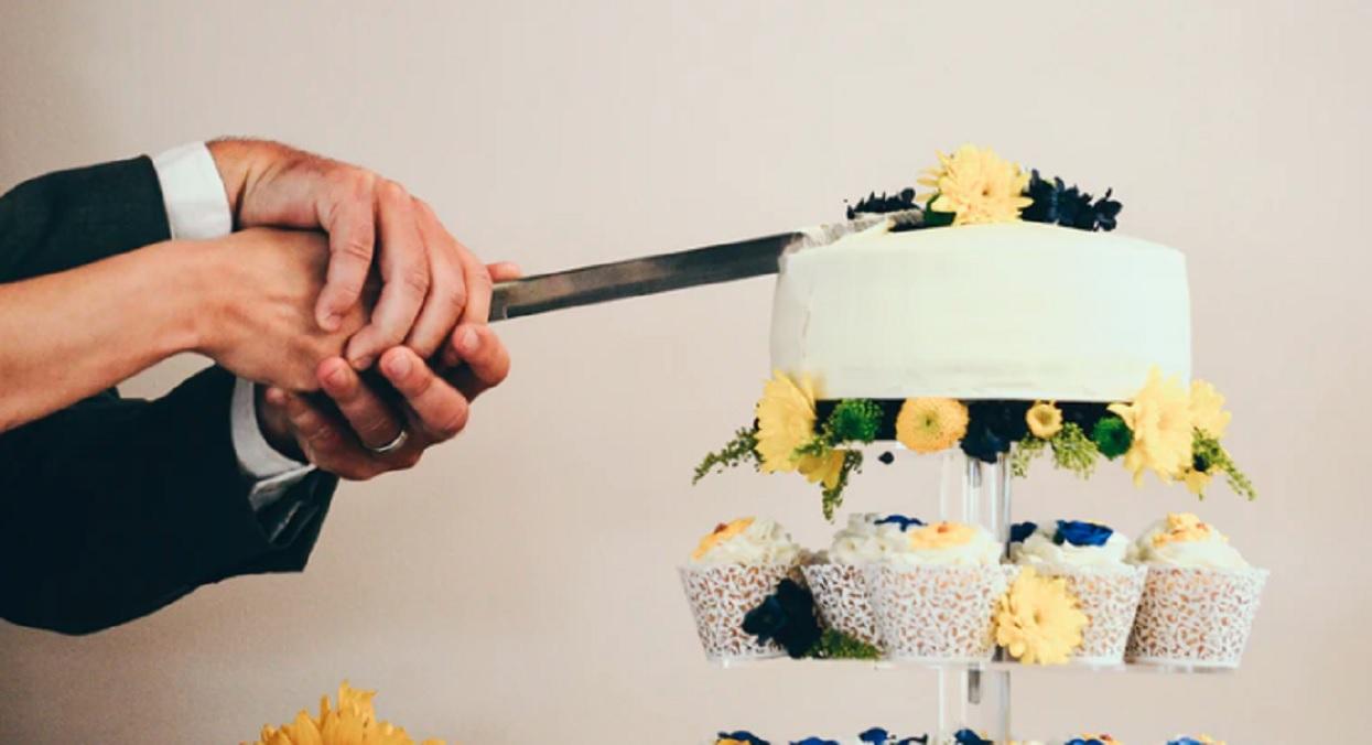 Panna moda spróbowała tortu na weselu. Niestety zaraz potem zmarła, a na jaw wyszła wstrząsająca prawda