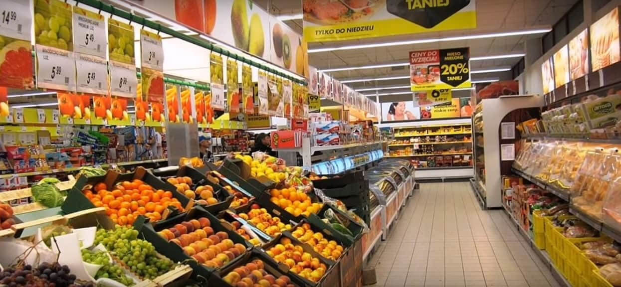 Od dzisiaj zmieniają się ceny w polskich sklepach. Wiele rzeczy mocno zdrożeje