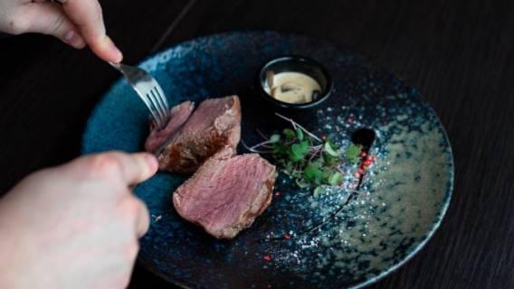 Mięso - co naprawdę podają na talerzu