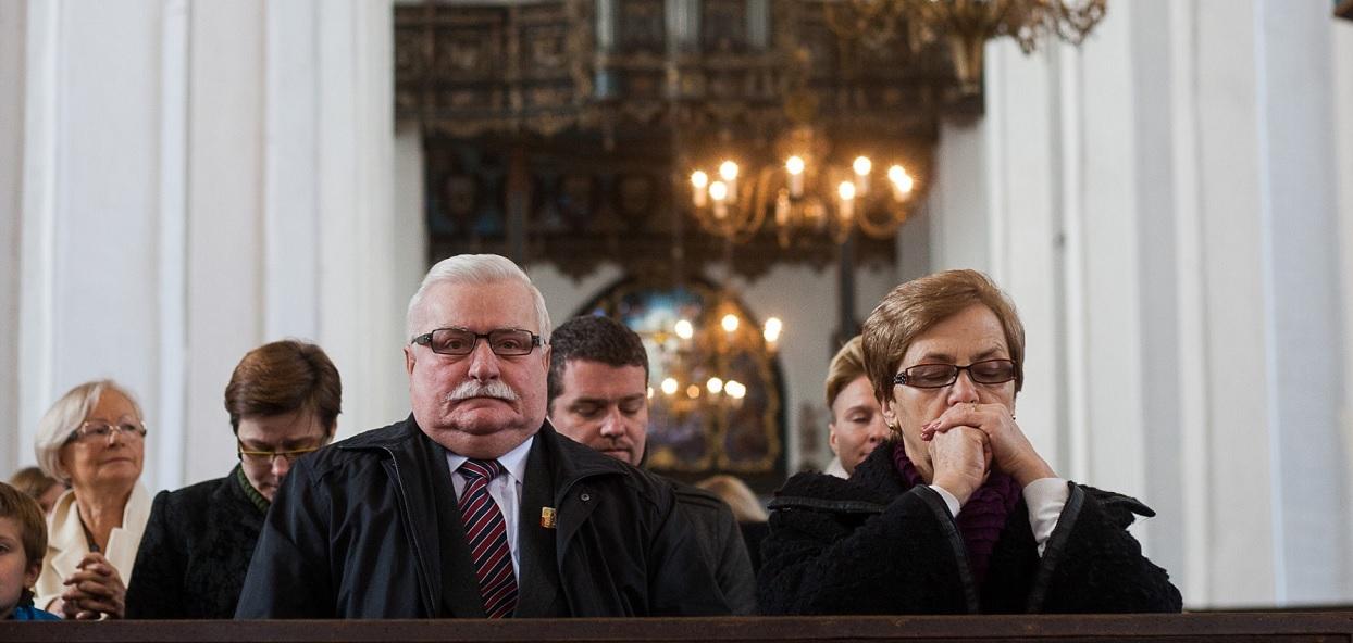 Żona Wałęsy milczała latami. Dramat rozgrywał się za zamkniętymi drzwiami, po cichu
