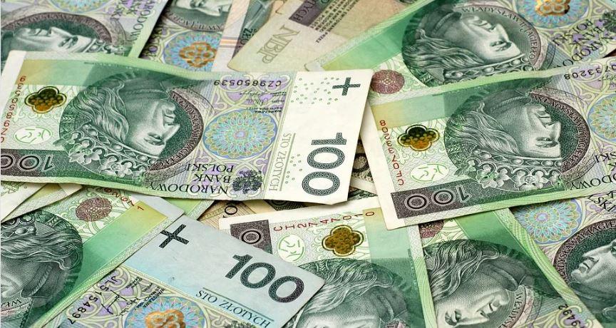 Nieprawdopodobne, rząd zadecydował. Podwyżka emerytur i rent dla znacznej grupy Polaków
