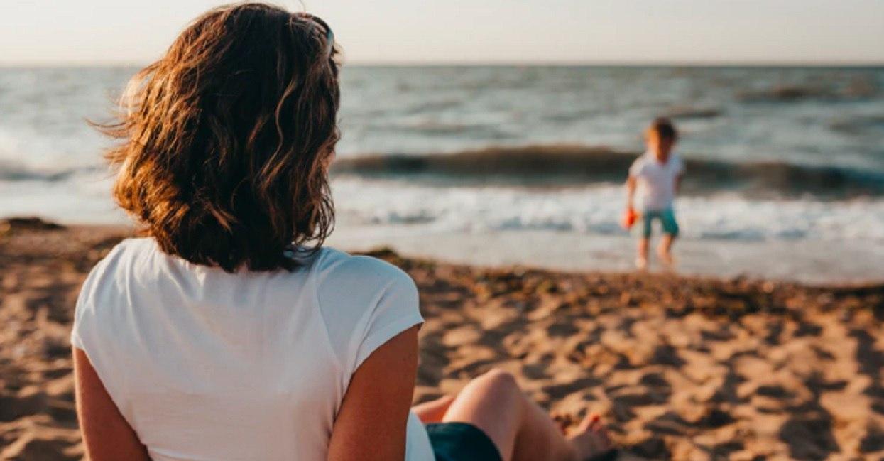 Marta zwróciła na plaży uwagę kobiecie z 5 dzieci. Reakcja kobiety odbiera nadzieję w ludzi