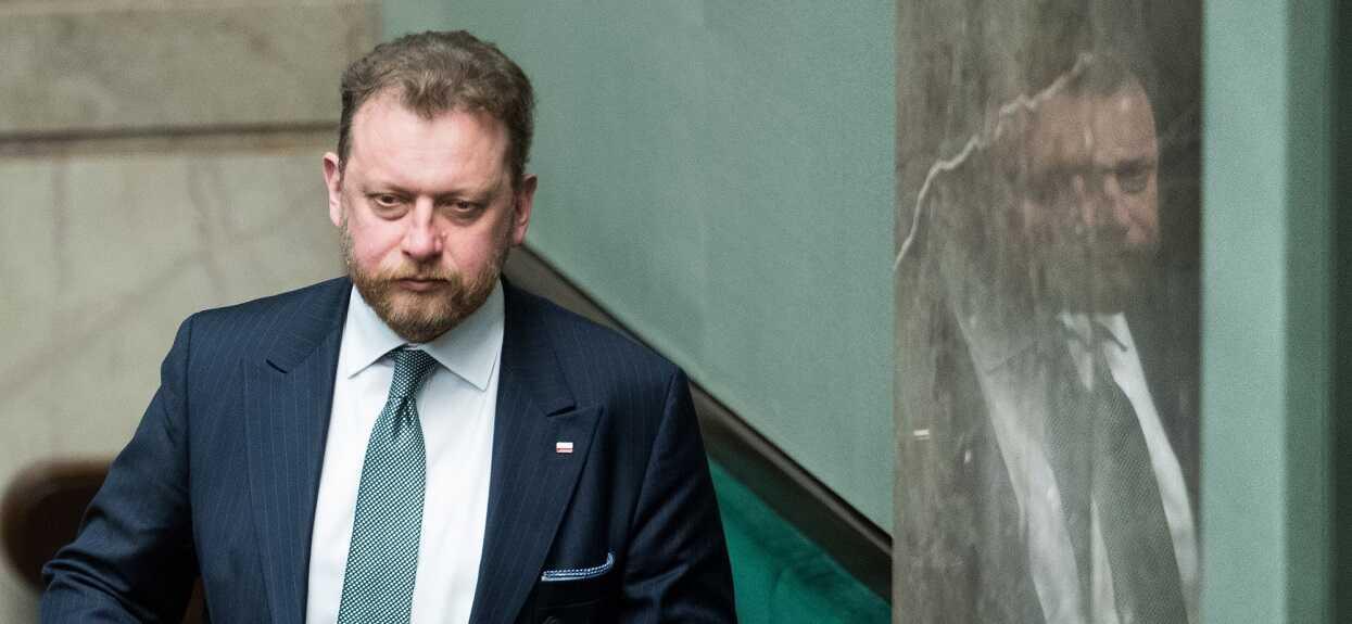 Obowiązkowa kwarantanna dla Polaków wracających z zagranicy? Szumowski zdradza plan rządu