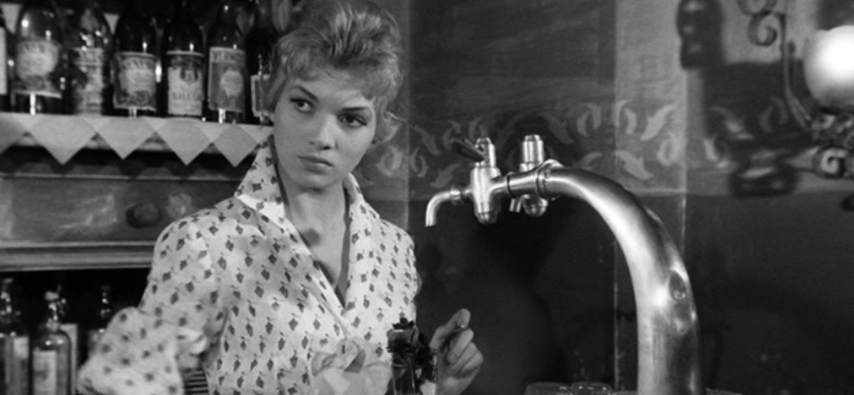 """Zagrała w kultowym filmie """"Popiół i diament"""". Ewa Krzyżewska zmarła tragicznie w zapomnieniu"""