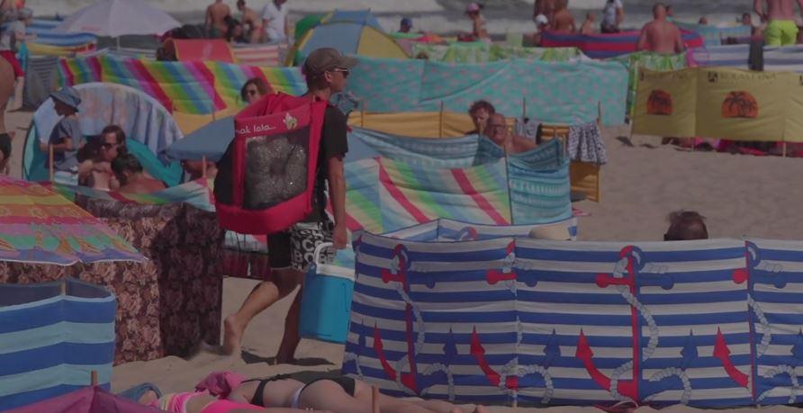 Dramatyczna relacja z polskiego kurortu. Ludzie biją się o miejsca na plaży