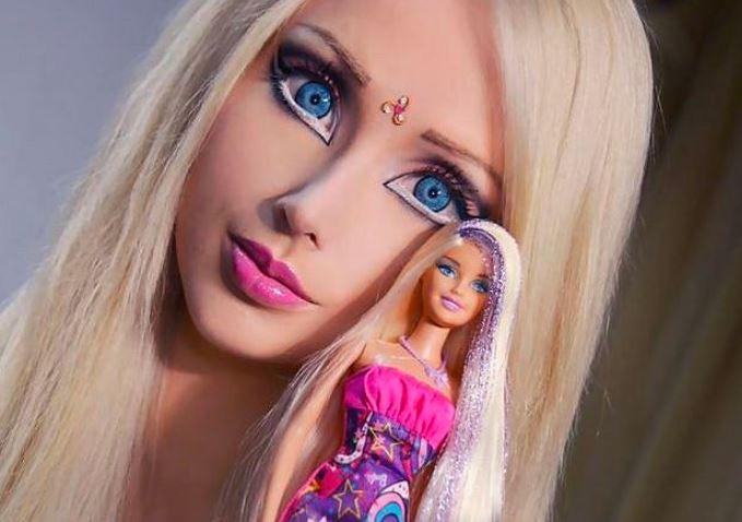 """Mówili na nią """"żywa Barbie"""". Dziw bierze, jak dzisiaj wygląda"""