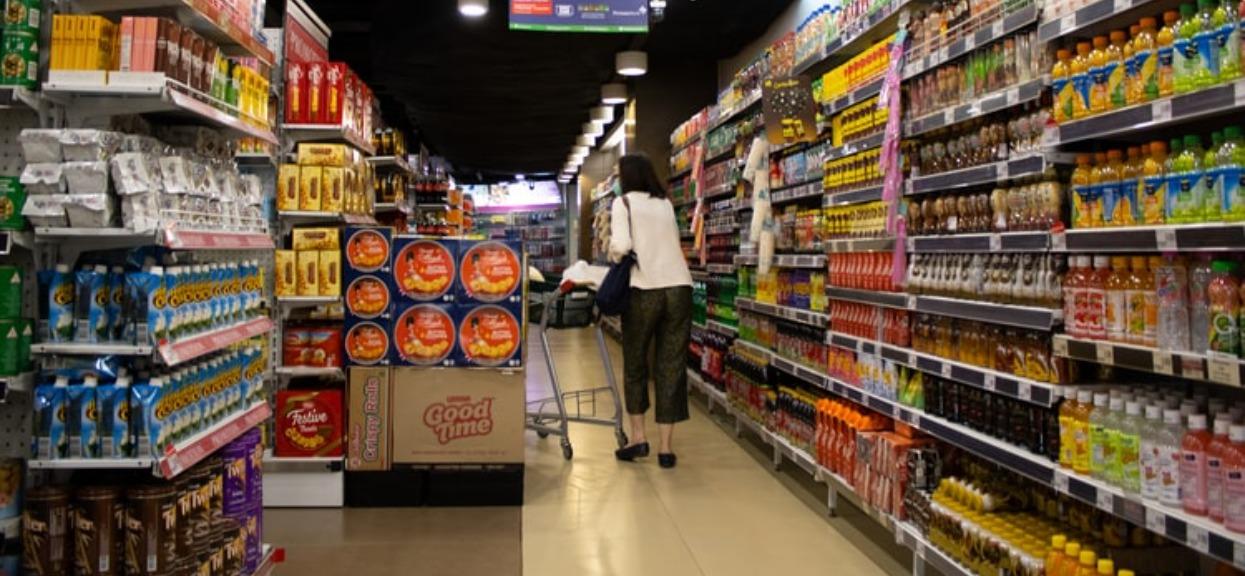 Zakaz handlu w niedziele powinien zostać zniesiony? Większość Polaków jest za