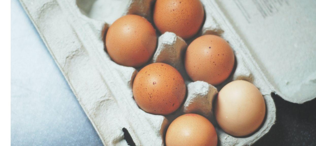Wprowadzono absolutny zakaz sprzedaży jajek osobom poniżej 18 lat. Wszystko przez jedną rzecz, osłupiające doniesienia z zagranicy