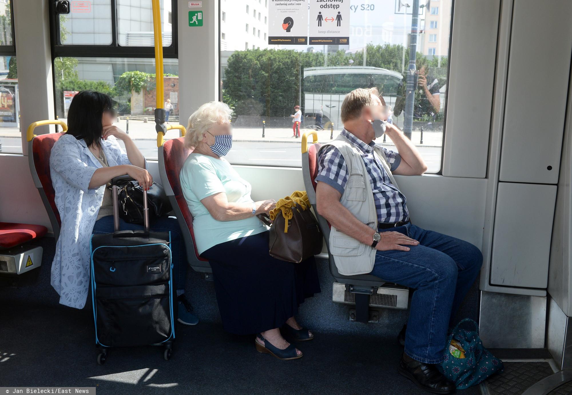 Czy komunikacja miejska dla seniorów powinna być darmowa?