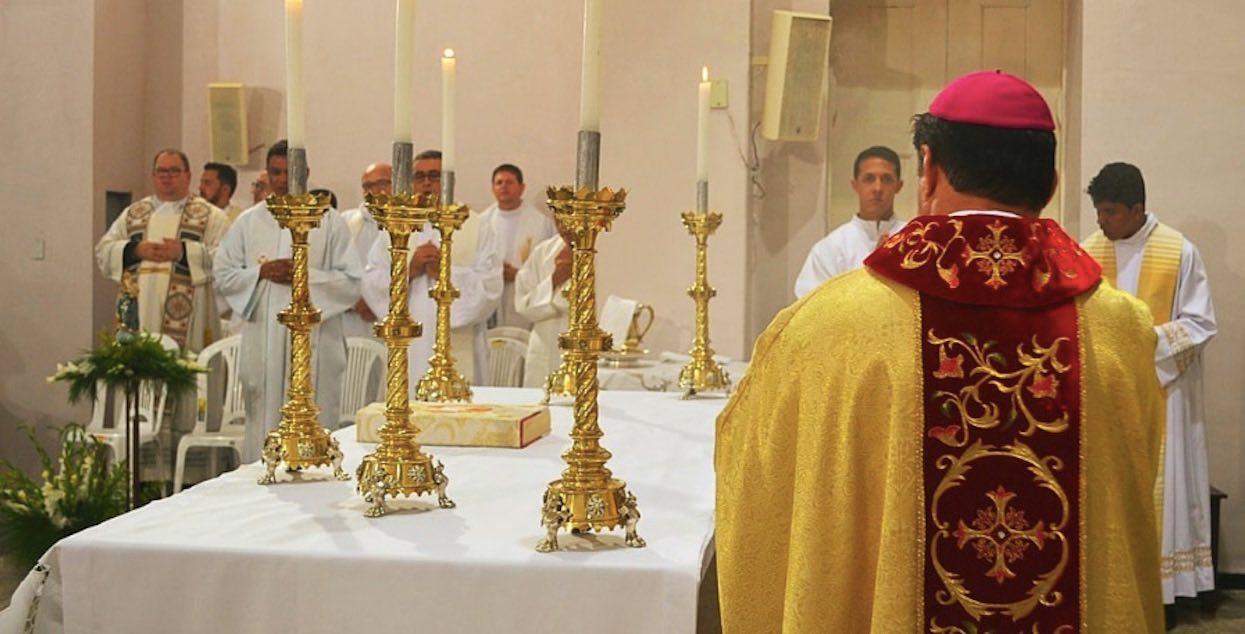 Biskup ogłosił mieszkańcom prawdę o księdzu pedofilu. Można tylko załamać ręce