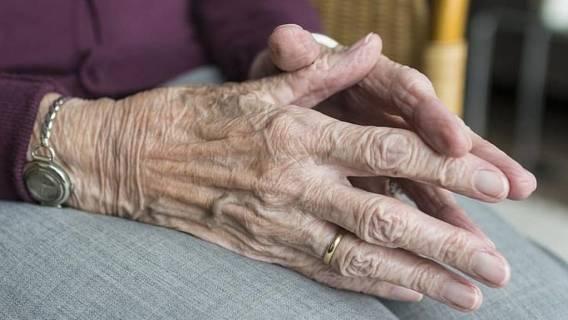 babcia napaść staruszka