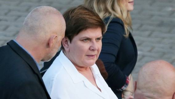 Beata Szydło może być zaskoczona, że sąsiedzi zdecydowali się rozmawiać z prasą
