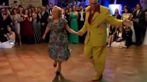 Dziadek poprosił do tańca