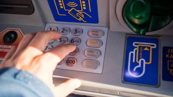 Masz pieniądze na koncie w PKO BP? Bank wydał pilny komunikat, można stracić swoje oszczędności