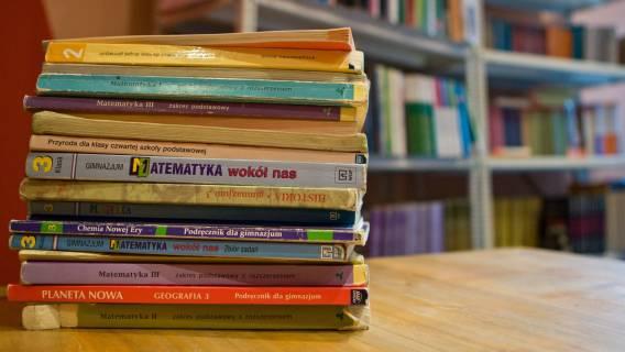 Podręczniki - powinny być darmowe?
