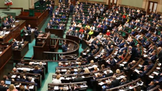 Zarobki polskich posłów