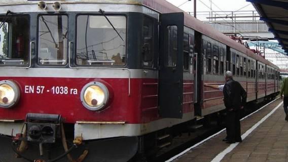 sanepid koronawirus w Polsce pociąg