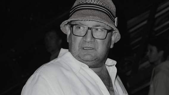Paweł Królikowski, gest syna