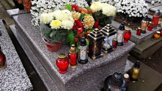 Wszystkich Świętych, ograniczenia na cmentarzach