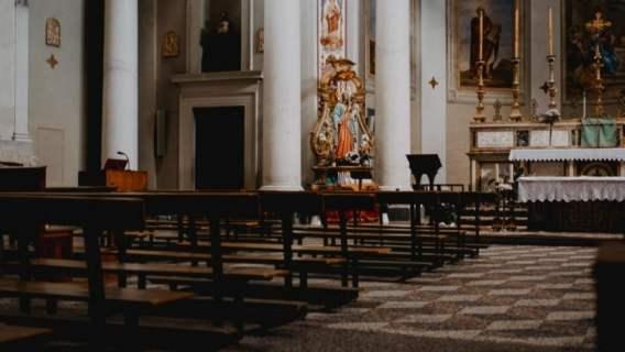 Kościoły zostaną całkowicie zamknięte? Doradca premiera zabrał głos, wierni aż się przeżegnali