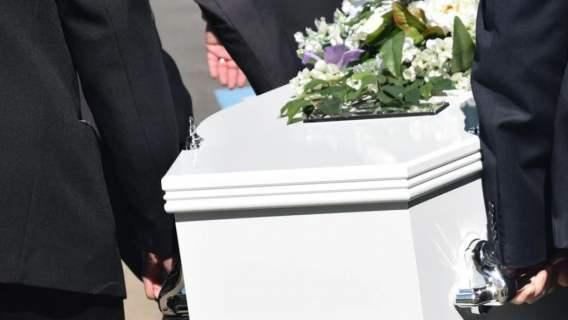 Pogrzeb, dźwięki z trumny