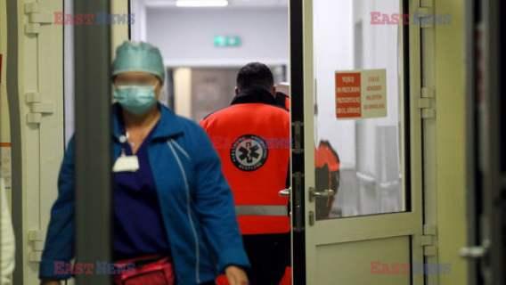 zarobki pielęgniarki polska służba zdrowia