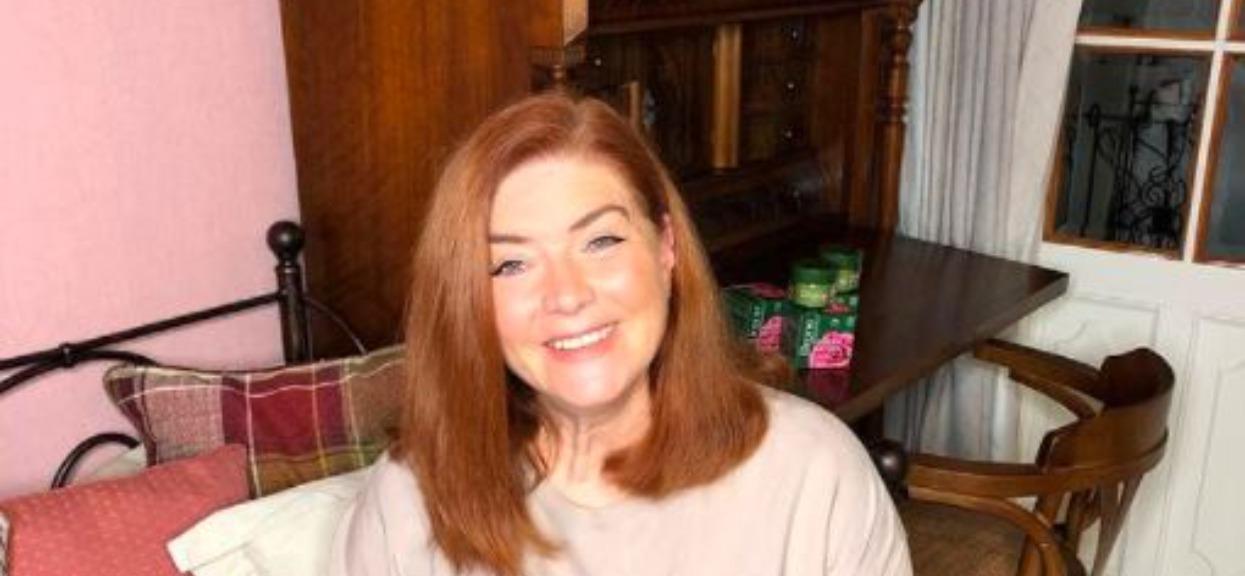 Sama remontuje domy innych, teraz Katarzyna Dowbor pokazała, jak mieszka. Kuchnia przyciąga wzrok