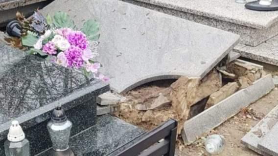 Grób został zniszczony przez wandali
