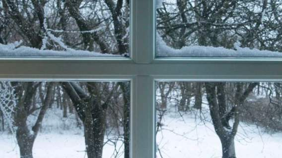 okno trzeba wyregulować na zimę