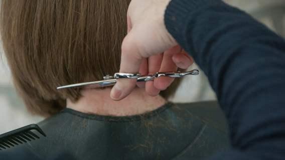fryzjer/zdj. ilustracyjne