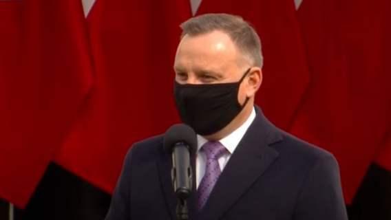 Krzyczeli do prezydenta, że będzie siedział. Andrzej Duda odpowiedział na Twitterze